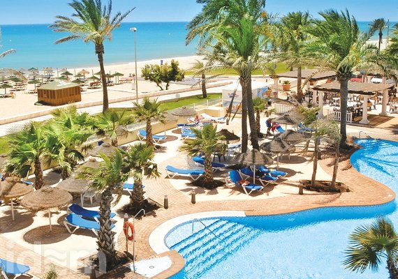 Mediterraneo Bay & Resort