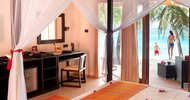 Beach Villa Hotel Vilamendhoo Island Resort & Spa