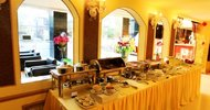13569154.jpg Hotel Golden Crown Hotel