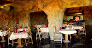23190452.jpg Caves Beach Resort Hurghada